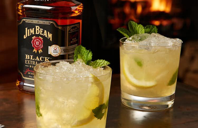 Jim Beam Black Whiskey Smash